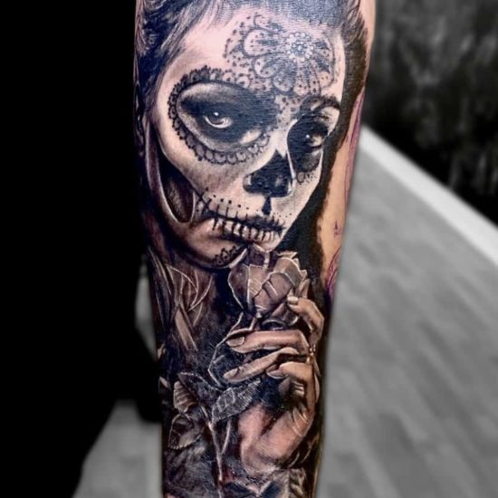 realistische tattoo sleeve mask