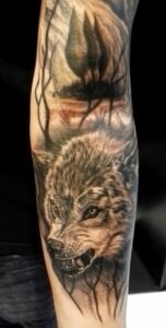sleeve tattoo bij Tattoo shop WhiteDog